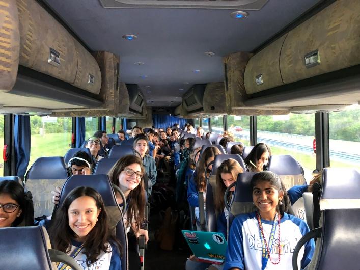 Bus 2 posing!